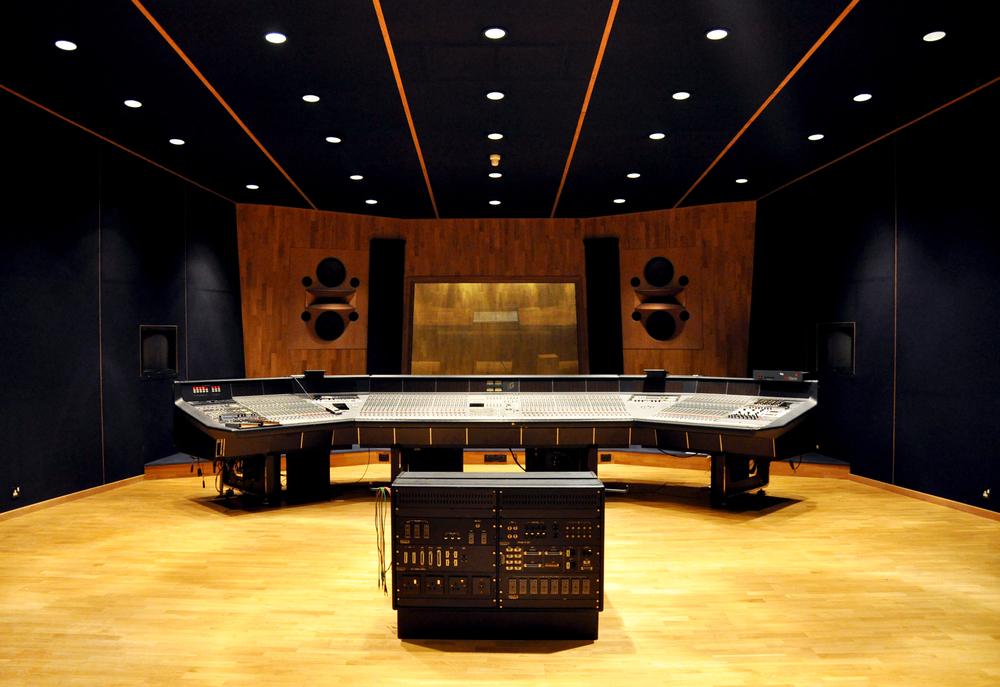 recording studio image Building an iPad recording studio; Part 1 – The evolution of the home recording studio